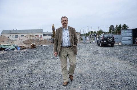 VIL FORHANDLE: Styreleder Jan Gunnar Olbergsveen vil forhandle med kommunen om overtakelse av aksjene ei Søndre Elverum Idrettshall for bygging i kommunal regi.