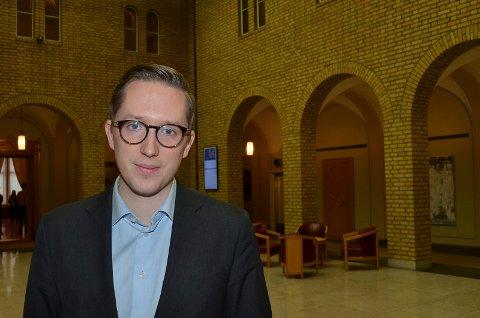TREKKER SEG: Kristian Tonning Riise trekker seg som leder av Unge Høyre. Foto: Bjørn-Frode Løvlund