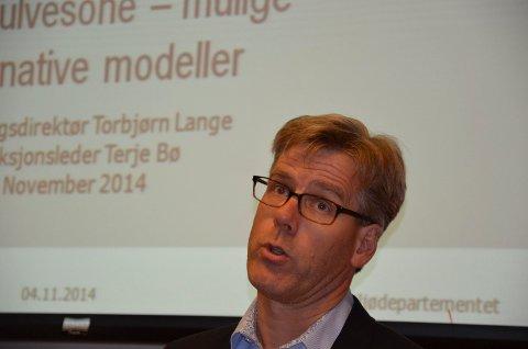 MÅ VITE MER: Avdelingsdirektør Torbørn Lange i Klima- og miljødepartementet må vite mer for å godkjenne mer jakt.