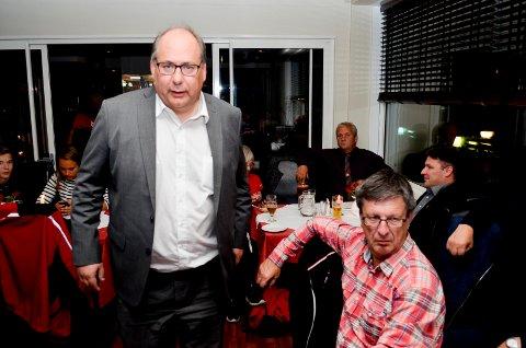 INGEN INNBLANDING: Fylkesrådsleder Per-Gunnar Sveen (Ap) vil ikke blande seg inn i ansettelsen av ny sjef for Teater Innlandet. (Foto: Bjørn-Frode Løvlund)
