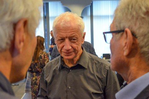 REAGERER: Hamar-ordfører Einar Busterud (By- og bygdelista) reagerer på at Knut Storberget som framtidig fylkesmann for Hedmark og Oppland har sterke synspunkter på Hamars valg av ordfører. (Foto: Bjørn-Frode Løvlund)