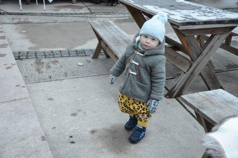 BLODFAN: Wilhelm Aleksander Nora (11/2) danset til musikken på Rådhusplassen