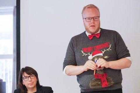 ORDFØRER OG RÅDMANN: Ordfører Bjørnar Tollan Jordet (SV) og rådmann Siv Stuedal Sjøvold i Tolga.