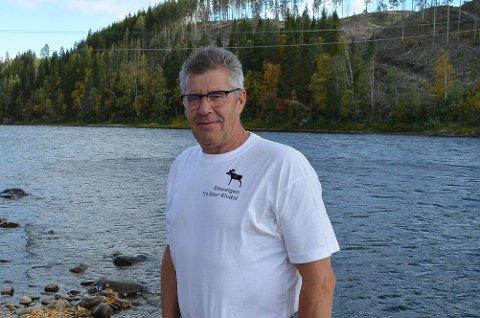 HÅPER PÅ 2022: Morten Gustu sier at Stor-Elvdal og Rendalen kommune skal få til VM og EM i fluefiske i år, men ser helst at det utsettes til 2022. (Foto: Bjørn-Frode Løvlund)