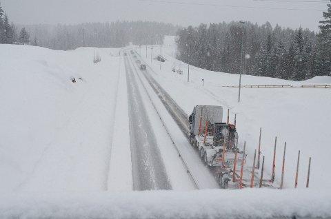 MINDRE SALT: Fra neste vinter skal det brukes mye mindre salt på riksveg 3 mellom Rena og Ulsberg.