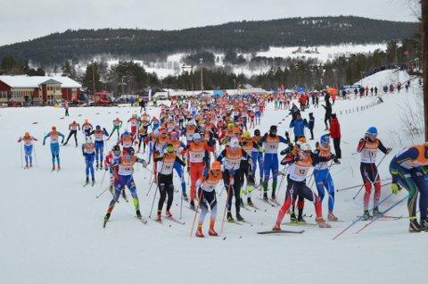 NY SKIFEST?: Tolga idrettslag og Vingelen idrettslag arrangerte i 2017 Hovedlandsrennet i langrenn, hopp og kombinert. I 2023 kan det bli ny skifest på Sætersgård.