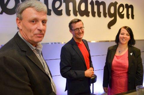 I DIALOG: Sps Arnfinn Uthus (til venstre) er i dialog med de andre partiene om neste års budsjett, der han håper å finne plass til en liten bevilgning til Bajas. Her sammen med gruppeleder Ingvar Midthun (Ap) og varaordfører Eldri Svisdal (SV).