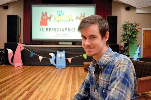 FILMSKAPER: Henrik Martin Dahlsbakken fra Hamar har regissert «Gledelig jul».