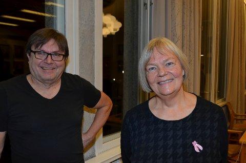 KLAR OPPFORDRING: Erik Larsen og Bente I. Aaland håper så mange som mulig svarer på spørreundersøkelsen.