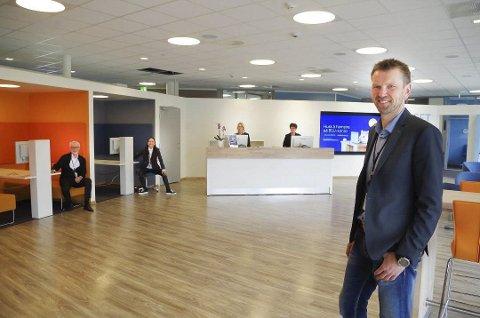 BYTTER JOBB: Geir Schjølberg forlater jobben som banksjef i Sparebanken 1 Østlandet og blir ny økonomisjef i Tynset kommune.