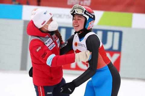 Mari Leinan Lund imponerte i bakken i Oberstdorf.