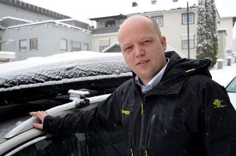 STÅR PÅ FOR ELVERUM: Sp-leder Trygve Slagsvold Vedum gjentar sin støtte til fortsatt sykehus i Elverum. Nå vil han vite hva Høyre gjør.