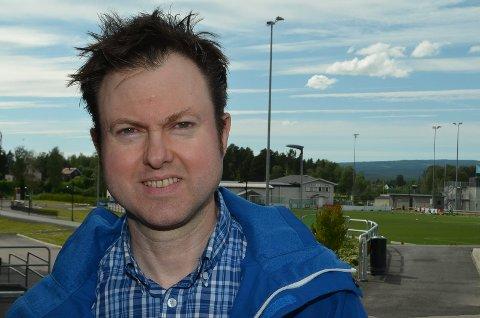 BLIR VERRE: Stortingskandidat Ynge Sætre (H) tror avgiftsnivået for bilistene blir verre med en eventuell rødgrønn regjering.