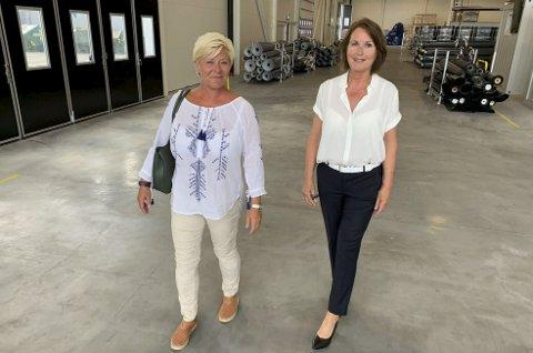 TUNNELPROPP: Siv Jensen og fikk høre om Oldroyd problemstilling da hun besøkte fabrikken på Skjerkøya i Bamble. Her med daglig leder Linda A. Celin (t.h.).