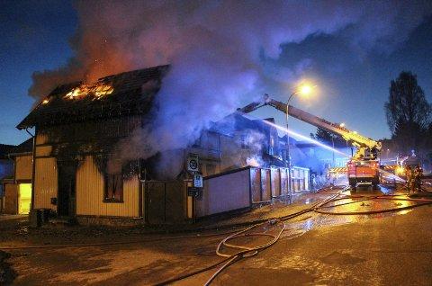 MISTENKELIG: Etter brannen i Grensegata romjulen 2016 ble det oppdaget at en leilighet i bygget ble brukt til sexsalg.