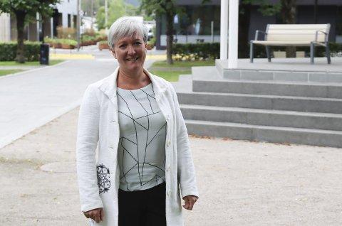 STOPPER IKKE: Mindre tilskudd stanser ikke kultursjef Mariann Eriksen fra og starte utviklingsprosjektet «Levende byrom med historisk sus» på Sjøfartsområdet.