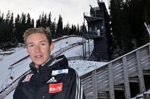 KLAR TIL Å FLY: Robin Pedersen, Stålkam, er klar for renn i Holmenkollen Foto: Trond Isaksen