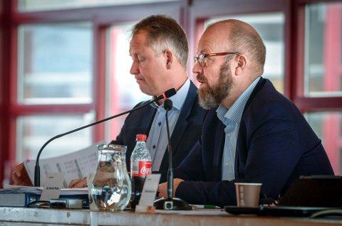 Ordfører Geir Waage og rådmann Robert Pettersen.