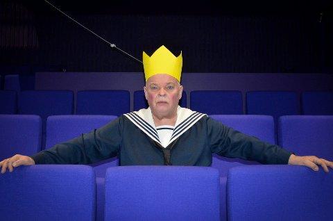 - Jeg har selv vært ni år gammel, sier Sven Henriksen som spiller Lille Eyolf.