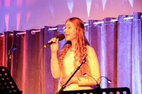 Kandidat:  Anna Anita Jaskiv er en av 23 kandidater i Nordland til Drømmestipendet 2019. Her under en konsert på Bakeribyggfestivalen 2019.