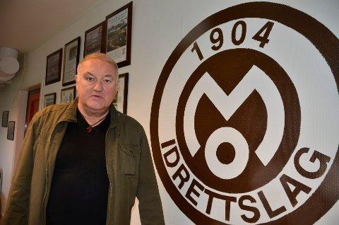 Sture Rasmussen, styreleder i Mo IL, ønsker å bygge et nytt klubbhus på størrelse med det de hadde.