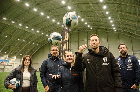 Om tre uker arrangeres den første lokale fotballcupen etter at pandemien brøt ut - REDE Cup i Stålhallen. Rana FK tror cupen kan bli fulltegnet.