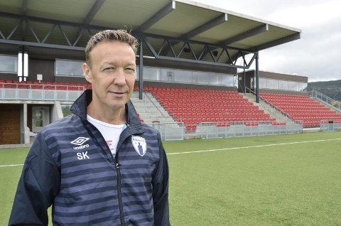 - Jeg har aldri vært i tvil om at det var rett for fotballen og Rana å gå for ett satsingslag i fotball. Det har vært utrolig givende å få være med på reisen, sier avtroppende styreleder i Rana Fotballklubb, Ståle Krokstrand.
