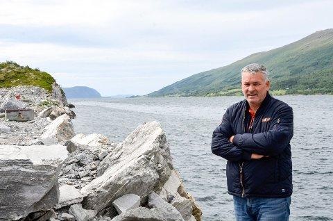 Daglig Leder Arnt Skogsøy i Westcon Helgeland mener at MIP ønsker å ty til enkle og billige løsninger for å kvitte seg med stein, som vil ødelegge for Westcon Helgeland sine planer for riggvedlikehold.