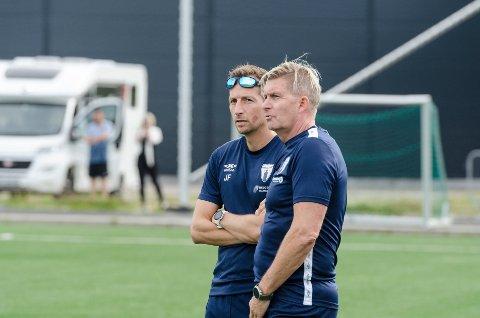 Rana FK-trener Thor André Olsen. og sportslig leder,  Jimmy Fjelldalselv leter ikke etter nye spillere på nåværende tidspunkt.