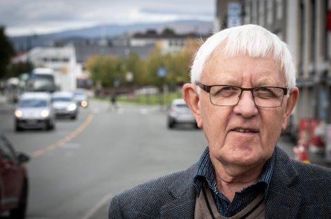 - En storflyplass på Helgeland, vil få enorm betydning for regionen. Nå må alle starte å se på mulighetene den kan gi oss, sier tidligere ordfører Asgeir Almås fra Hattfjelldal.