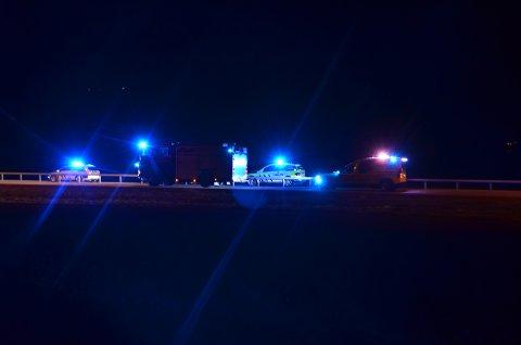 Politi, brannvesen og ambulanse var raskt på ulykkesstedet.