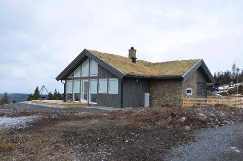 Solgt: Martin Johnsrud Sundby har solgt den første hytta han bygde på Sjusjøen for 6.6 millioner kroner.