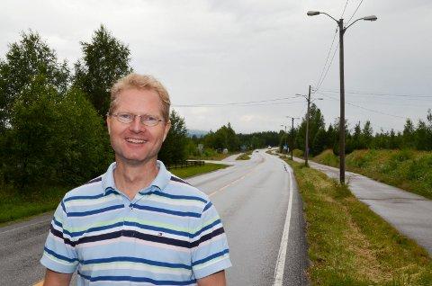 VÄRMLANDS RÖST: Tor Andre Johnsen (Frp) proflerer seg i Sverige som «Värmlands röst i Stortinget». (Foto: Bjørn-Frode Løvlund)