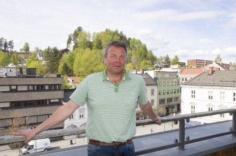 Dag E. Henaug, Høyres ordførerkandidat, møter ordfører Kjell B. Hansen til valgduell mandag.