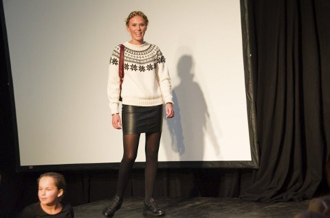 Trend: Modell Ida viser fram hvordan du bør kle deg i høst for å følge moten.