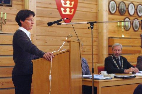 Kritisk: Kristin Færden Bjella (Sp) mener ordfører Per R. Berger (H) og partikollegene hans bør gå for folkeavstemning. Foto: Frode Johansen