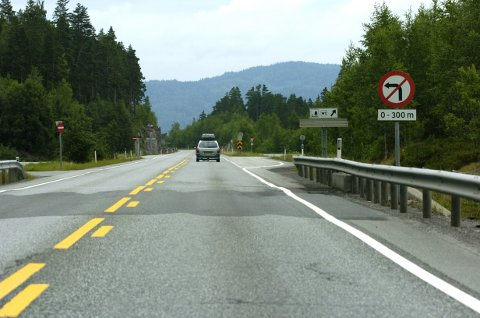 VIKTIGE PAUSER:  - Langtransportsjåfører trenger gode muligheter til å stoppe og hvile, sier Trond Jensrud.