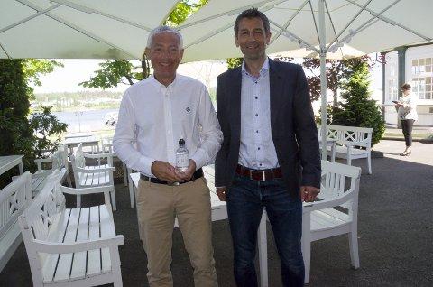 Rådmann Tore Isaksen og Rolf Jarle Aaberg, daglig leder i Treklyngen ønsker å selge inn Ringerike som det perfekte stedet for internasjonale datafirmaer.