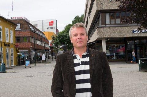 Varaordfører Dag E. Henaug (H) mener argumentet om arbeidsplasser må veie tungt og sier ja til utvidelser av sanduttak på Kilemoen og grustak på Hensmoen.