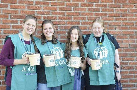 Karina Dunseth, Linea Søgaard, Miriam Marley og Anna Linnea Hverven, skal også i år samle inn penger til barn i fattige land.
