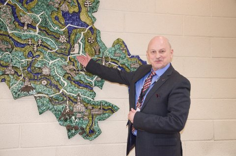 Fylkesordfører Roger Ryberg (Ap) er selv positiv til en sammenslåing med Akershus og Østfold. Dermed kan han bli den siste fylkesordføreren i Buskerud.