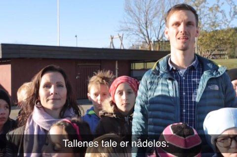 Venter i spenning: Sondre B. Rabbe og Kjersti Dybfest Thomasrud, er spente på hva politikerne mener om filmen.