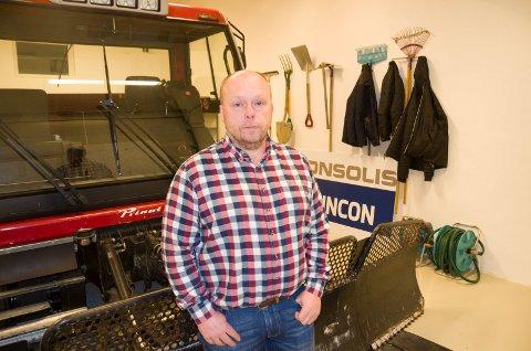 Kjell Ivar Jevne i Heradsbygda IL setter pris på å få penger gjennom momskompensasjonsordningen.