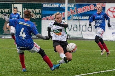 Scoret fire: Silje Nyhagen scoret fire mål mot Vålerengas 2. divisjonslag 18. februar. I samme kamp fikk hun en vridning i kneet, som ble forverret under trening to dager etter. Nå håper hun å rekke seriestarten 23. april.