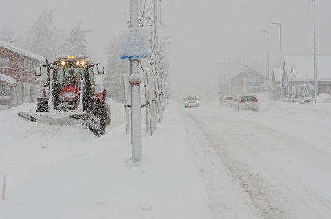 SNØVÆR: Det skal snø de neste dagene.