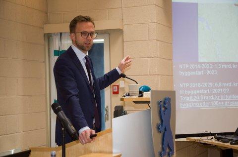 Nikolai Astrup (H) lover byggestart for Ringeriksbanen i 2021.