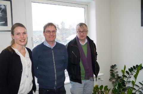 Linn Verde Thon (Rambøll), Ole Einar Gulbrandsen (Ringerike kommune) og Terje Lønseth (Buskerud fylkeskommune) har vurdert busstilbudet til og fra jernbanestasjonen.