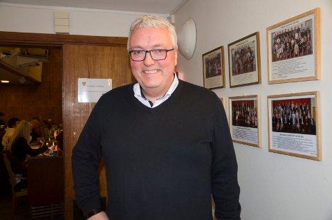 Kjell Baug, viseadministrerende direktør i Ringeriks-Kraft er veldig fornøyd med at de første maskinene i det nye datasenteret snart kommer på Treklyngen.