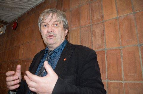 BETENKT: Ordfører Kjell B. Hansen (Ap) ønsker at politikerne skal få si sitt om datasenter ved Follumveien og boliger på Børdalsmoen.