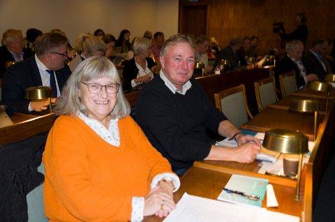UT AV PARTIET: Eli Johanne Ruud og Stein Roar Eriksen forlater Arbeiderpartiet og kommer til å møte som uavhengige representanter i kommunestyret. Dermed reduseres partiets kommunestyregruppe fra tolv til ti representanter.